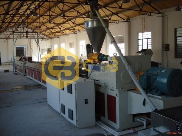 wpc_decking_production_machine